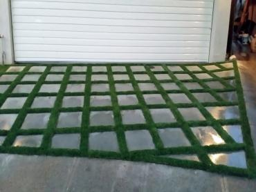 Artificial Grass Photos: Plastic Grass Solana Beach, California Landscape Design, Front Yard Landscaping Ideas